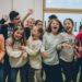 Schulkinder beim Toben