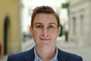 Portraitfoto Stefan Schmid